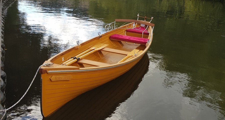 Skur Boats 18ft Row Boat